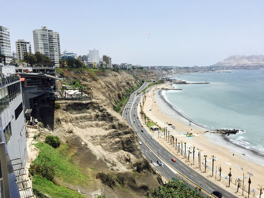 Larcomar (Shopping Center Lima)