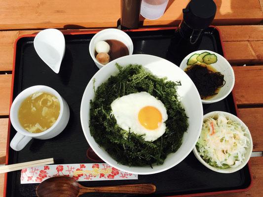 Typisches japanisches Dinner