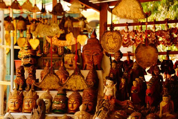 Typische burmesische Souvenirs