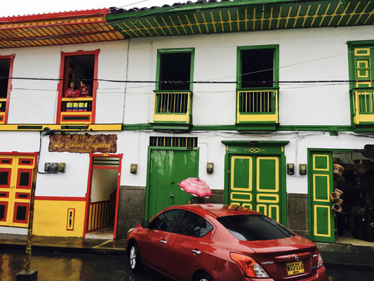 Salento (little town with colourful colombian houses)
