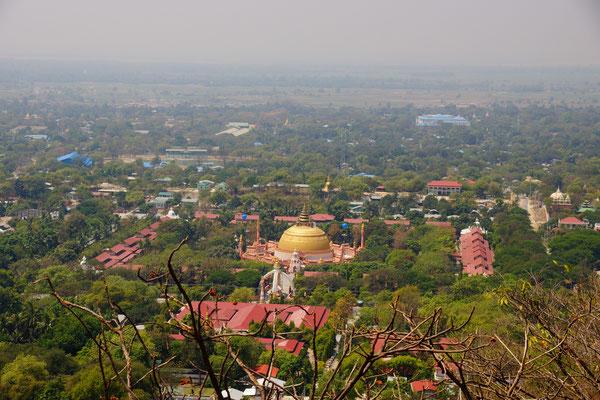 Aussicht auf SoonOoPoneNyaShin Pagode (Top of Sagaing Hill)