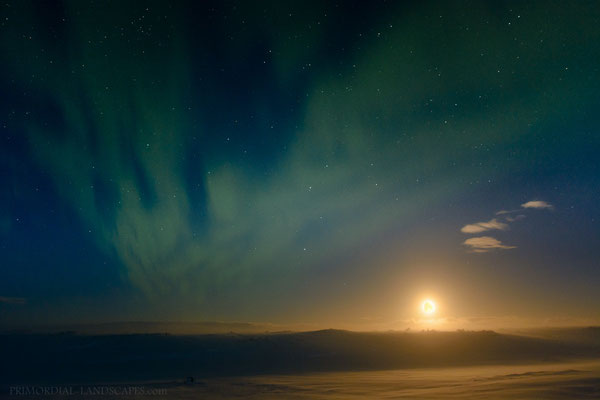 Aurora & Moon: A good omen?