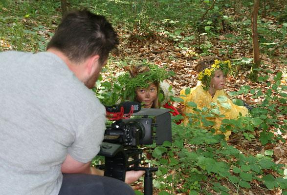Filmdreh im Wald (Foto mit freundlicher Genehmigung von Heike Heise (Fränkische Nachrichten)