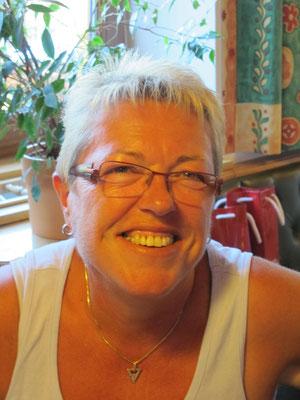 """Christine Hofmeister  feiert einen """" halbrunden Geburtstag""""."""