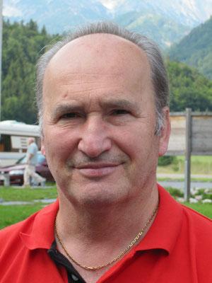 LEOPOLD WIESINGER feiert einen halbrunden Geburtstag