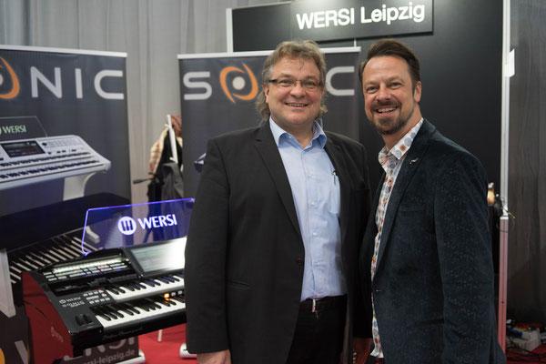 Stefan Baumgarth und Robert Bartha am Stand von WERSI Leipzig (Musicpark 2019) Foto: Robert Soujon