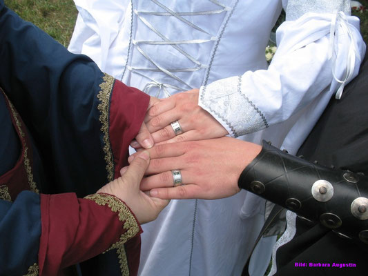 Möget ihr eine glückliche Ehe führen ...