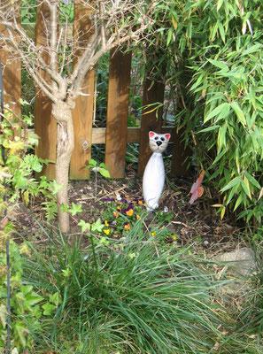 Grab und Gedenkstätte für ein geliebtes Haustier