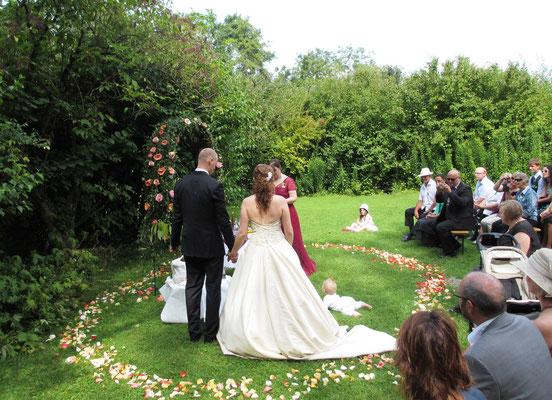 Hochzeit im Grünen