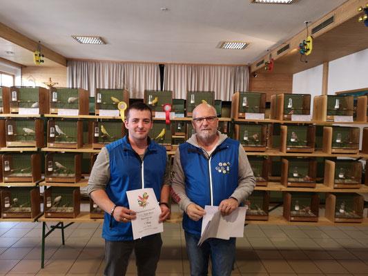 Fischer M.  3. Platz in der Vereinswertung mit Ziegensittich blau