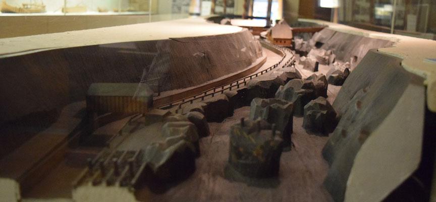 """Modell vom """"Fahrbaren Fall"""" (Schifffahrtsmuseum Grein)"""