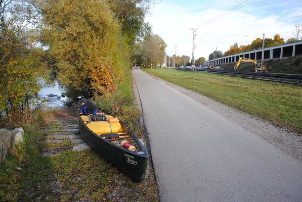 Bootsrampe in der Nähe vom Bahnhof