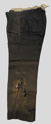 衣類 被爆当時の学生ズボン