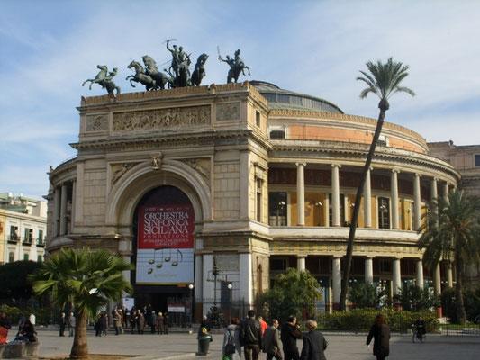 Teatro Politeama Garibaldi in Palermo