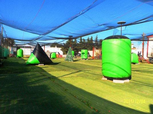 instalaciones del campo de juego de paintball en Chiclana