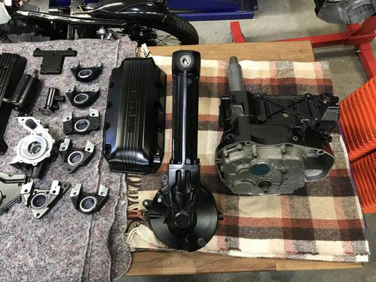 motorradteile sandgestrahlt und pulverbeschichtet in schwarz glanz motorteile motorendeckel wasserpumpe bmw k100 bremsanlage schwinge getriebe