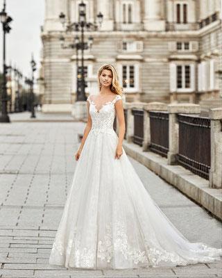 スペインインポートウェデイングドレス販売