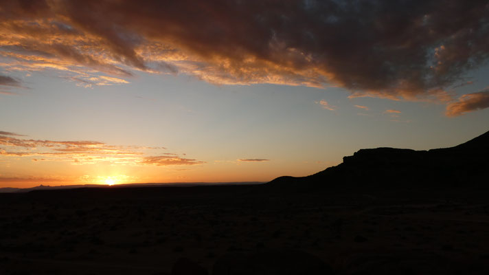 Sonnenuntergang in der Kalahari, Nov. 2016