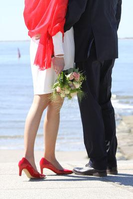 Hochzeitfotos Norderney  Badekarren Ostfriesland Nordsee Fotograf Norden Nicole Buczior