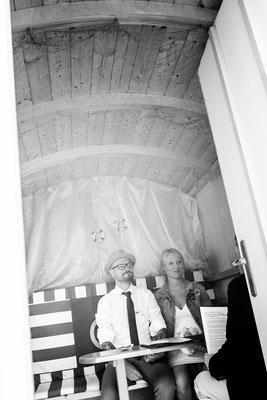 Norderney Hochzeitfotos  Badekarren Ostfriesland Nordsee Fotograf Norden Nicole Buczior