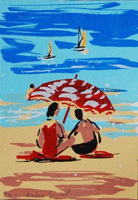 Sérigraphie originale de vacanciers sur une plage sous un parasol rouge, bateaux,série limitée à 10 originaux,paysage de bord de mer en été, 10cm x 15cm