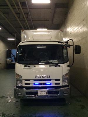 トラック正面