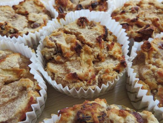 Soooo, kommen wir doch mal zu unseren süßen Sachen: Glutenfreie Apfel-Rosinen-Zimt-Muffins