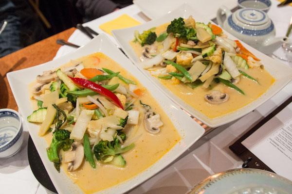 Gäng Pet Pag (Gemüse mit Currypaste und Kokosmilch), der klare Favorit des Abend
