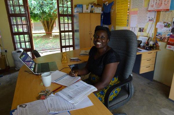 Direktorin der Schule: Grace Koelewijn