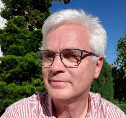 Beisitzer Dr. Eberhard Ruess