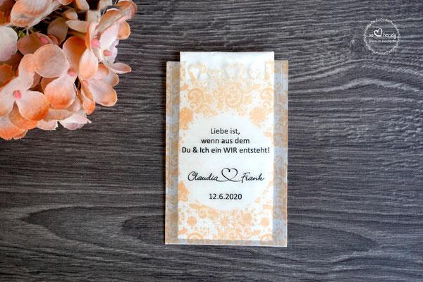 Freudentränen Taschentücher aus Pergamentpapier mit ausgestanztem Herzrand, Design Vintage Farbe Apricot