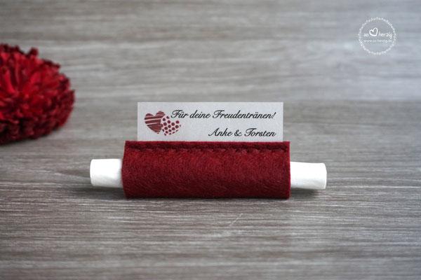 """Freudentränen Taschentücher Filz Bordeaux, Design """"zwei Herzen"""""""