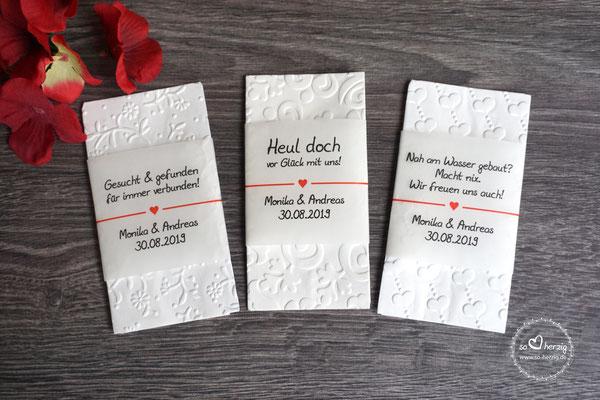 """Freudentränen Taschentücher """"Banderole"""", Design Herzband rot"""