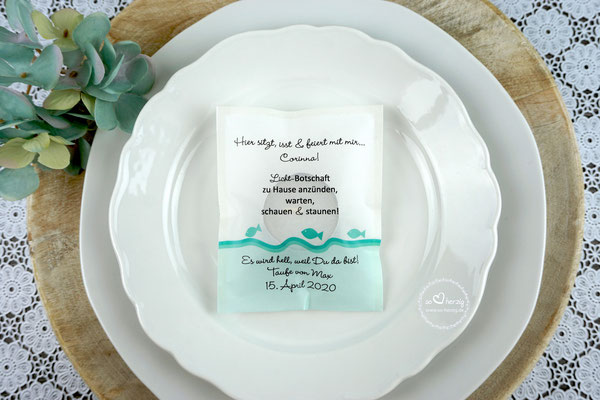 """Licht-Botschaft """"Verpackung als Platzkarte"""", Design """"Fische"""" Mint, Schrift Wendy LP Light - Sonderanfertigung unterer Rand Mint"""