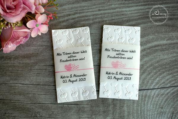 """Freudentränen Taschentücher Banderole mit geprägten Taschentücher, Design """"Zwei Herzen"""" Farbe rosa & puderrosa"""