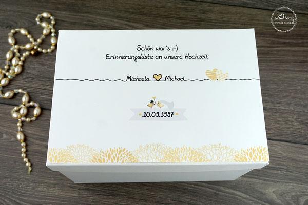 Hochzeitsbox Design Blätterrand Goldfarben