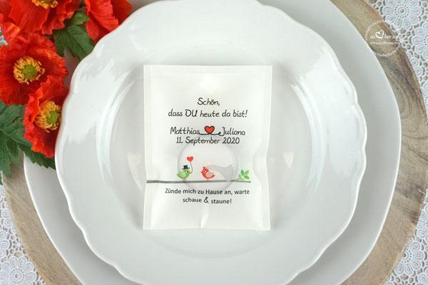 """Licht-Botschaft Design """"Hochzeitsvögel auf Ast"""" Farbe Rot/Grün"""