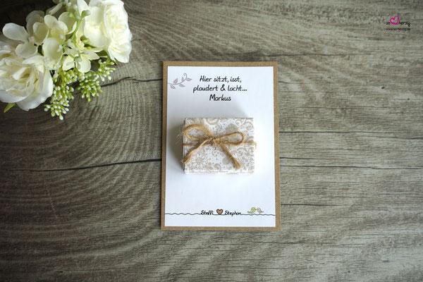 Platzkarte für die männlichen Gäste, verschiedene Streichholzschachtel-Spiele - Hochzeit Steffi & Stephan
