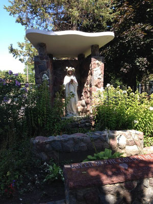 The grotto behind the convent remains beautiful.