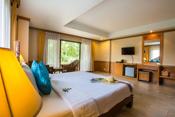 Fairhouse Beach Resort – Grand Deluxe Room
