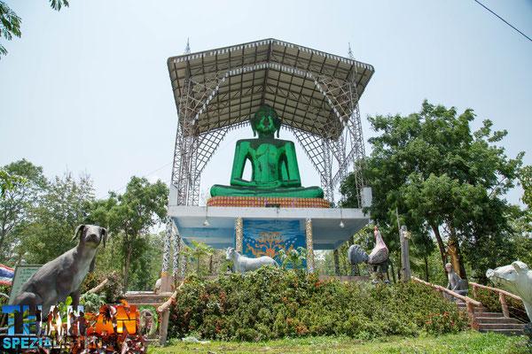 Tempel ausserhalb von Chiang Khong Town