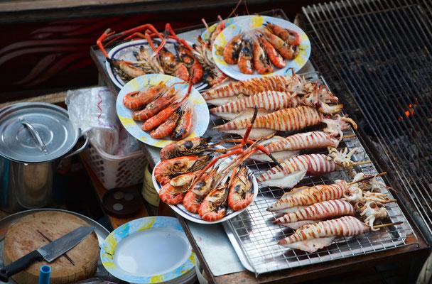 Und natürlich Fisch frisch und gegrillt schmeckt es am Besten.