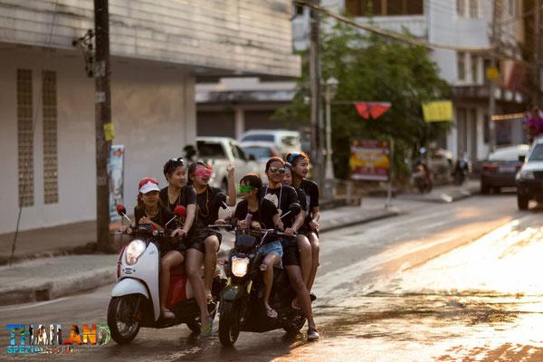 Zu Songkran in Chiang Rai