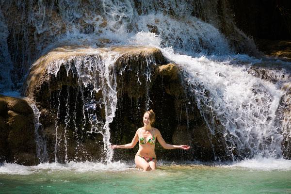 Baden Kuang Si Wasserfall
