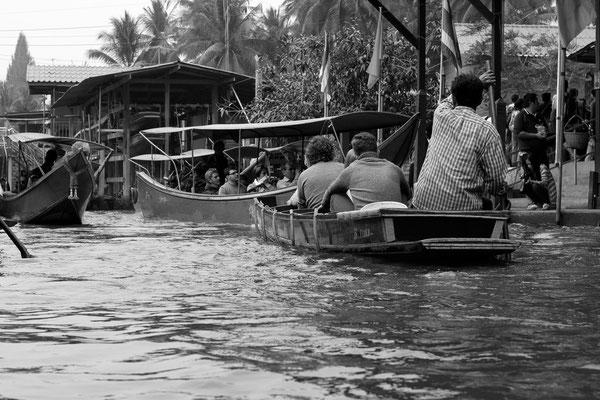 Schwimmender Mark Bangkok - ein Lifestyle