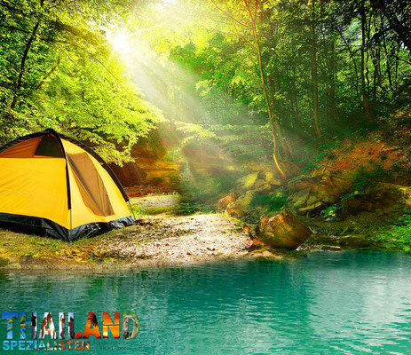 Camping am Fluss in Thailand