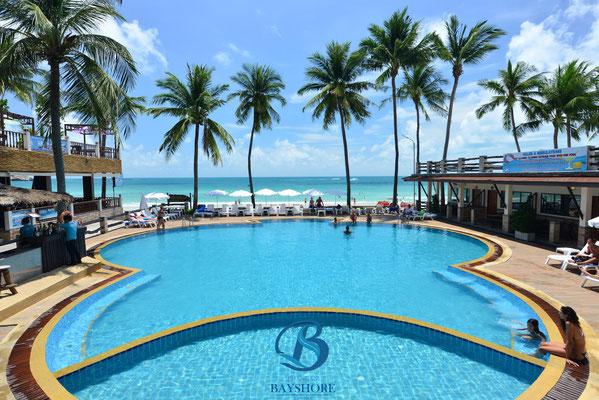 Der Pool vom Phangan Bayshore Resort. Für viele Urlauber ein wichtiges Thema
