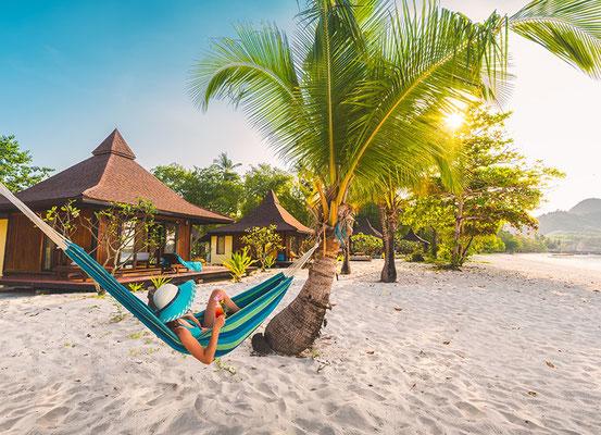 Das ist Urlaub. Strand, Hängematte und Gedanken ausschalten.