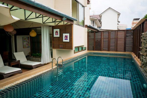 Zu einem guten Stadt-Hotel, gehört auch ein sauber Pool.