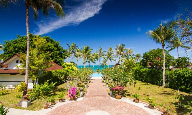Gartenanlage des Coco Palm Beach Resort